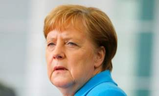 متحدث باسم الحكومة الألمانية يؤكد أن ميركل بخير