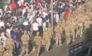 النشرة: تظاهرة احتجاجية في منطقة تعلبايا في البقاع بظل انتشار أمني كثيف
