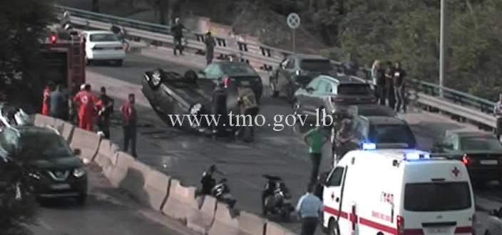 النشرة: احتراق سيارة على طريق الحازمية بإتجاه الأشرفية