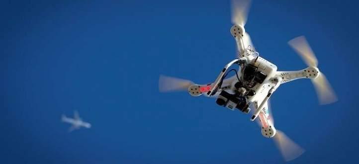 نجاح طائرات درون لأول مرة بإنقاذ شابين من الموت غرقا