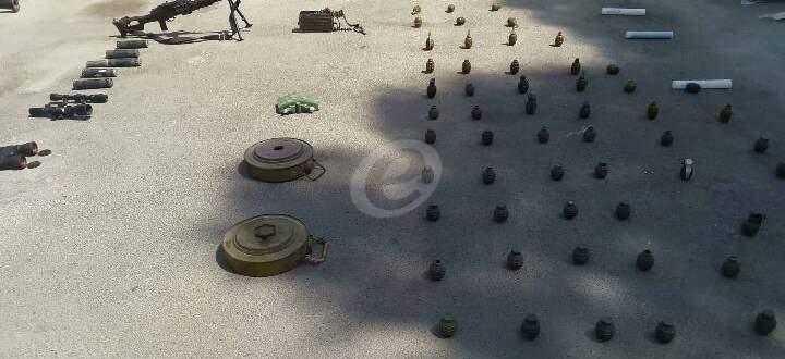 ضبط كميات أسلحة وذخيرة كانت متجهة من البادية لمسلحي النصرة بالقلمون