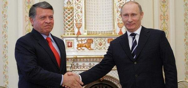 ملك الأردن أشاد بدور روسيا وبوتين في التسوية السلمية للأزمة السورية