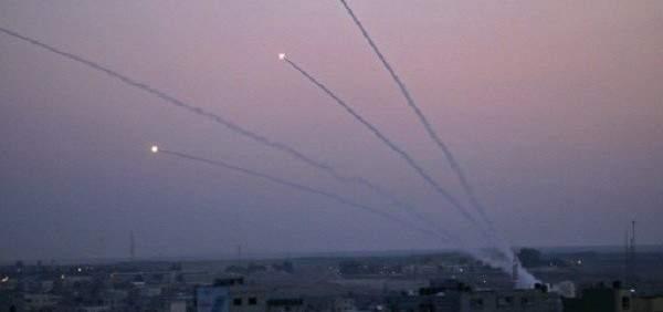 وسائل إعلام إسرائيلية: سقوط 9 جرحى بإطلاق 11 صاروخا من غزة باتجاه عسقلان