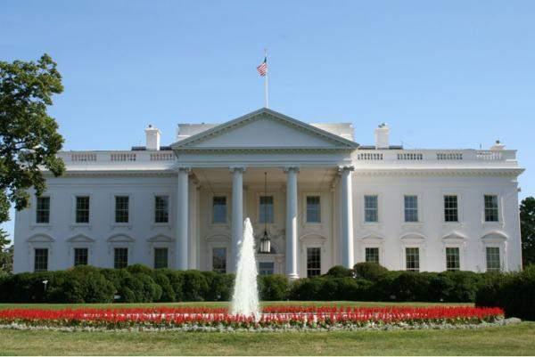 رويترز: شركات أميركية تحث إدارة ترامب على توقيع اتفاق نووي مع السعودية