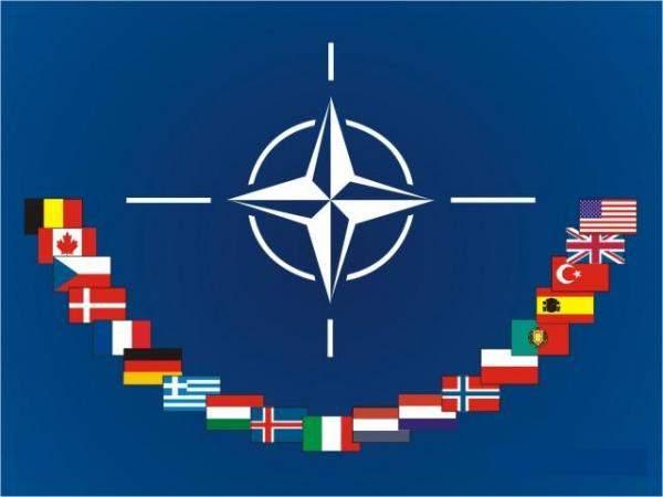 مسؤول بالناتو: الغارات الجوية على بنغازي لم يقم بها الناتو