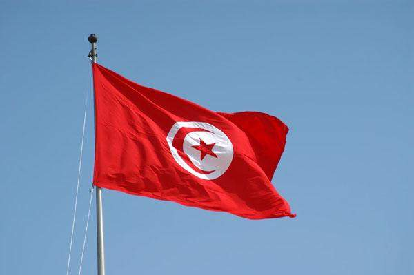 الرئاسة التونسية أعلنت عن تمديد حالة الطوارئ في تونس