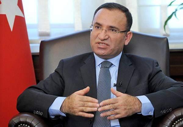 مسؤول تركي: ممثلون عن أنقرة وواشنطن سيلتقون لبحث تعليق التأشيرات