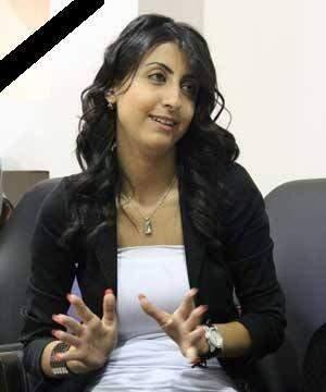مقتل مراسلة اخبارية سوريا بعد ان استهدفها مسلحون بالقرب من مطار الضبعة