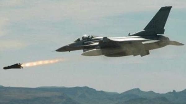 ادرعي: الطائرات الإسرائيلية أغارت على ٣ مواقع عسكرية سورية