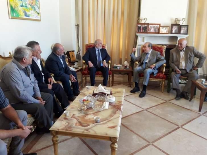 الخليل: ليس هناك خطرا على الموضوع النقدي في لبنان ووضع مصرف لبنان متين