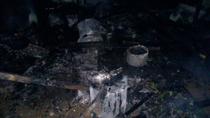 الدفاع المدني تمكن من اخماد حريق مخيم للنازحين السوريين في خراج ببنين
