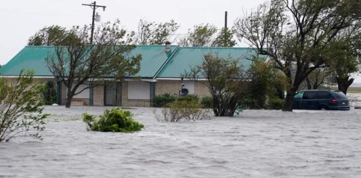 مقتل شخصين جراء إعصار مايكلالذي يجتاح جنوب شرقي أميركا