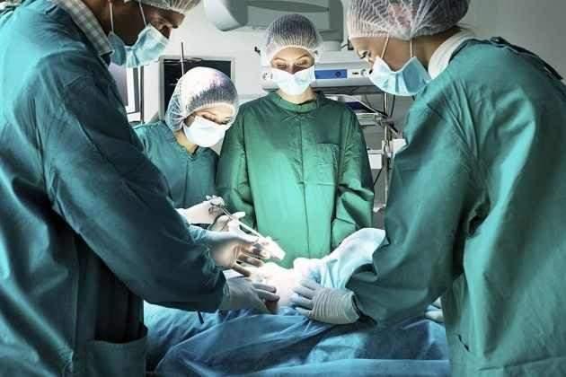 الروبوتات قد يتمكنون من إجراء العمليات الجراحية
