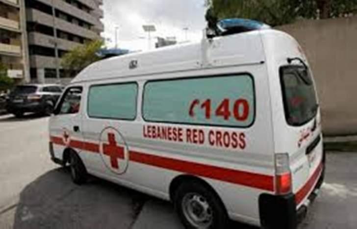 النشرة: جريح في حادث سير عند مفرق السكسكية