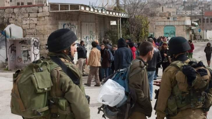 """أكبر أزمة في تاريخ الجيش الإسرائيلي: الضباط """"يفرّون"""""""