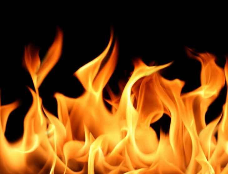 مقتل رجل اثر اندلاع حريق بمنزل بمنطقة هولاند بارك غاردنز في لندن