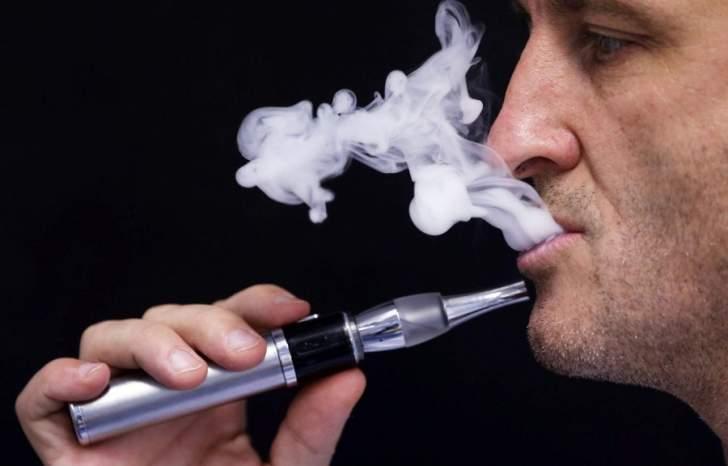 نيكوتين السجائر الإلكترونية يشكل خطرا جديا على الصحة