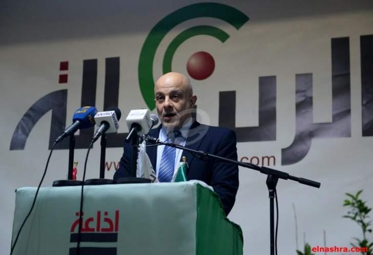 وقفة تضامنية مع قناة الغدير لاستشهاد الإعلامي علي الأنصاري في مبنى اذاعة الرسالة