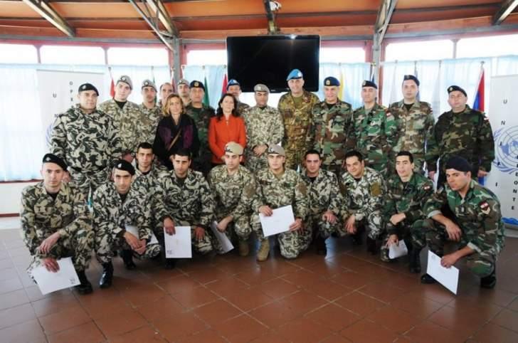 اختتام دورة تعليم اللغة الإيطالية لعناصر الجيش والامن العام في صور