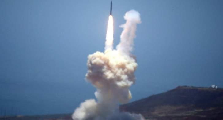 """المسيرة: صاروخ """"بدر1"""" الباليستي يضرب مدينة الفيصل العسكرية في جيزان"""