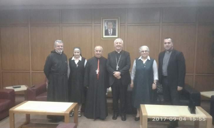 وصول رئيس مجمع التربية بالفاتيكان للبنان للمشاركة بأعمال مؤتمر المدارس الكاثوليكية