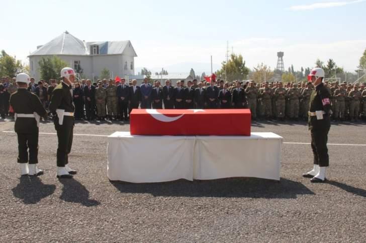 مقتل جنديين تركيين وإصابة آخرين بهجوم للعمال الكردستاني جنوب البلاد