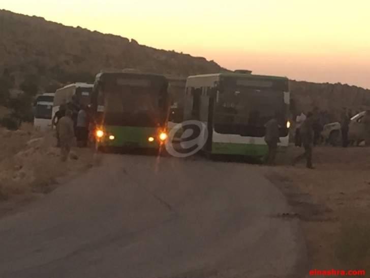 سرايا أهل الشام تعلن وقف عملية ترحيل مقاتليها وعوائلهم عن جرود عرسال