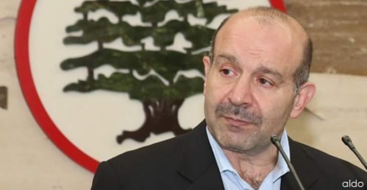 علوش: جنبلاط يحب أن يتدلل والحريري اتخذ قراره بتشكيل حكومة بعيداً عن الحصص