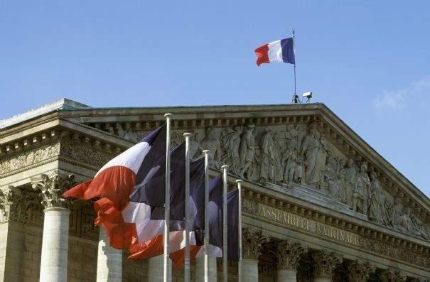 مصدر فرنسي للاتحاد: دعم فرنسا العملية السياسية في لبنان رسالة للداخل ولدول المنطقة