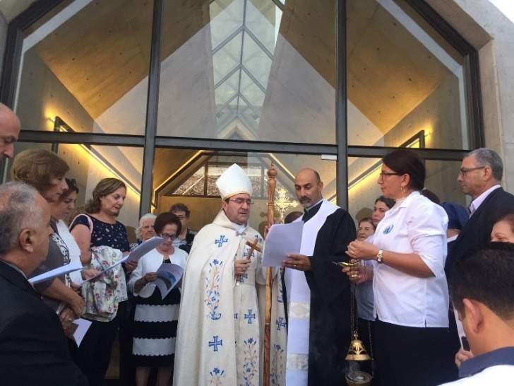 المطران خيرالله في قداس عيد الصليب: نحن اقوياء بكنيستنا والصليب علامة انتصارنا