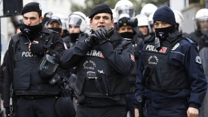 الاناضول: توقيف 4 سوريين في تركيا للاشتباه بانتمائهم لداعش