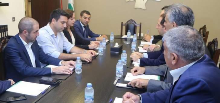 الجميل تداول مع وفد برلماني أرمني بسبل تعزيز العلاقات السياسية بين لبنان وأرمينيا