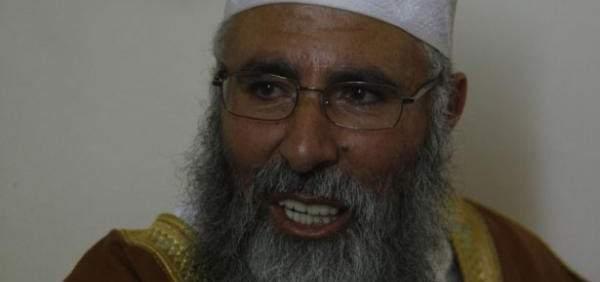 """الجيش: توقيف مصطفى الحجيري الملقب بـ""""أبو طاقية"""" في عرسال فجر اليوم"""