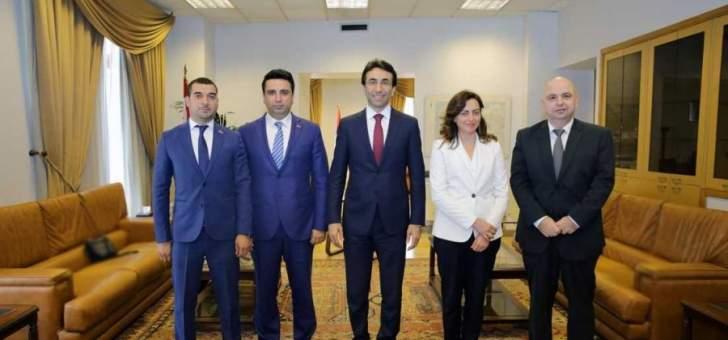 محافظ بيروت التقى وفدا من نواب أرمينيا