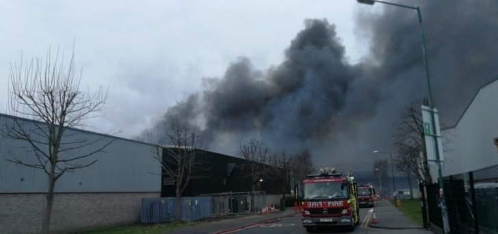 إندلاع حريق ضخم في منطقة صناعية شمال غربي العاصمة البريطانية لندن