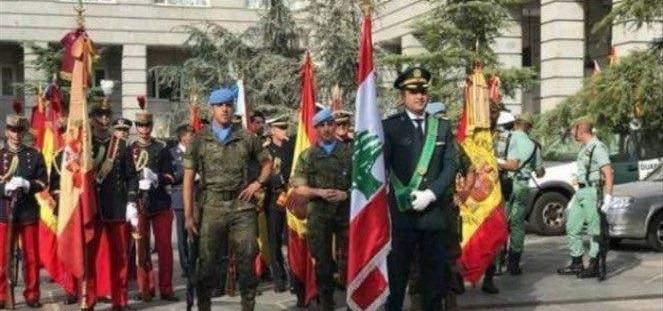 الجيش الإسباني يرفع علم لبنان ردا على تحية فجر الجرود