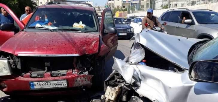 النشرة: 4 جرحى في حادث سير على طريق القياعة في صيدا