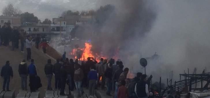 النشرة: اندلاع حريق داخل مخيم للنازحين السوريين في غزة بالبقاع الغربي
