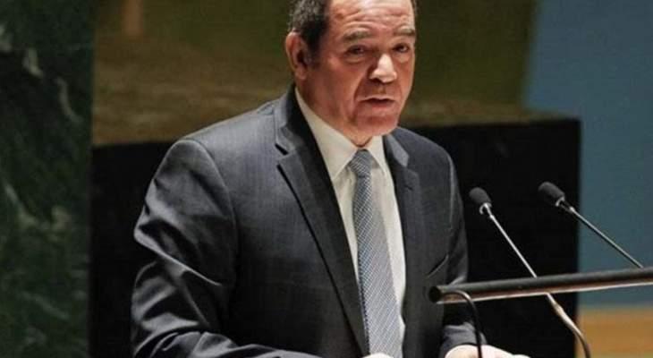 وزير الشؤون الخارجية الجزائري: نرفض التدخلات الأجنبية بسوريا وندعو لعودتها للجامعة العربية