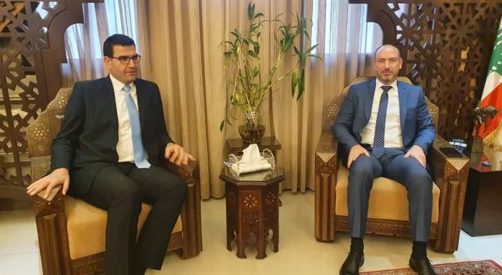وزير الزراعة: البلد كان على شفير الهاوية ويتوجب علينا أن نعمل لانقاذ الوطن