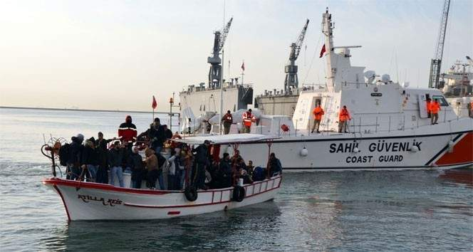 خفر السواحل التركي ضبط 1943 مهاجرا غير نظامي خلال أسبوع