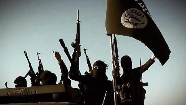 """العربية: """"داعش"""" يتبنى تفجير السيارة المفخخة في القامشلي"""