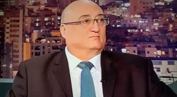 """أبو فاضل: عمل الحكومة بطيء وما يحصل بين وزيرة العدل ومجلس القضاء الأعلى """"مسخرة"""""""