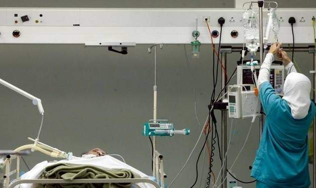 هل تكشف مشكلة أجور موظفي المستشفيات مع بعض البنوك عن أزمة تهدد مؤسسات القطاع الخاص؟