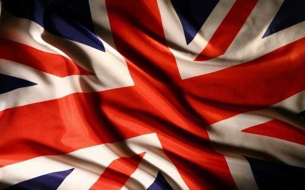 حكومة بريطانيا تلغي حظرا على الرحلات الجوية إلى شرم الشيخ