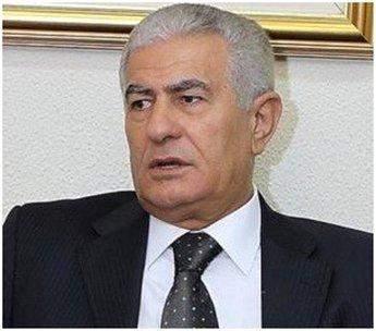 زكي: عباس وقع قبل قليل قرار فصل جمال ابو الرب عضو البرلمان عن حركة فتح