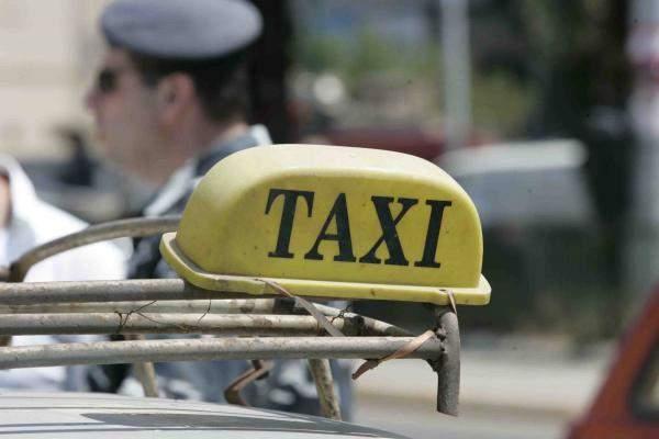 اتحاد نقابات السائقين يؤكد مشاركته في إضراب الاتحاد العمالي العام الخميس المقبل