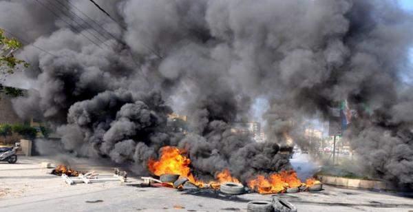 النشرة: إعادة فتح طريق صيدا الزهراني بعد قطعها من قبل العسكريين المتقاعدين
