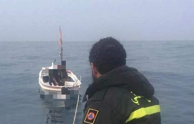 الدفاع المدني: سحب زورق صيد على متنه شخصين من الدامور إلى ميناء الجية بعد تعطل محركه