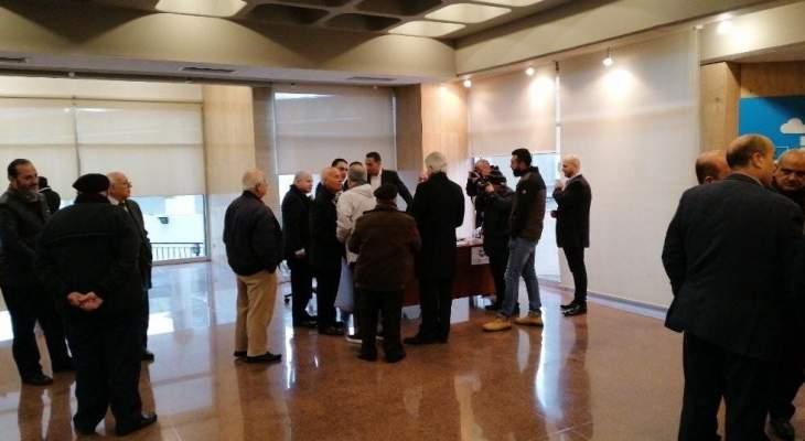 النشرة: بدء انتخابات الهيئة الادارية لجمعية تجار صيدا وضواحيها